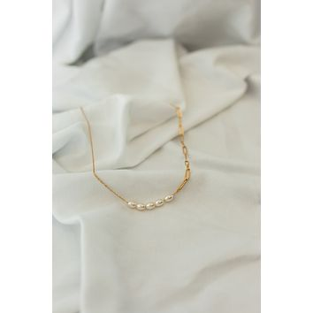 18K Asymmetrical Pearl Necklace