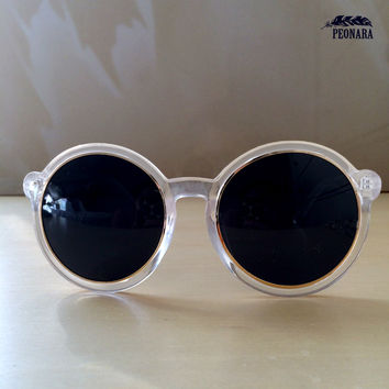 Clear with gold point oversized sunglasses