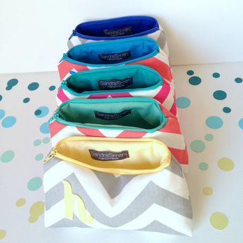 Create Your Own Bridesmaid Gift Set of Five Custom Cosmetic Bags, Bridal Party Clutch Favor, Wedding Shower, Sweet 16