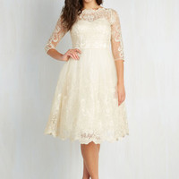 Gilded Grace Dress in Champagne