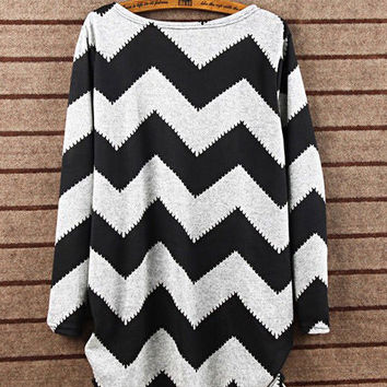 Long Sleeve Wave Pattern Striped Sweater