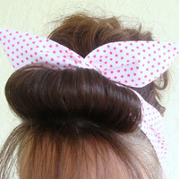 Dolly Bow Reversible Wire Headband White with Tiny Hot Pink Polka Dots Rockabilly Pin Up Hair Accessory for  Teens Women Girls