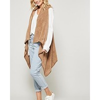 Fly Away Faux Shearling Vest in Mocha