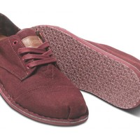 Burgundy Wool Men's Desert Oxfords | TOMS.com