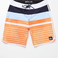 Quiksilver AG47 Everyday Scallop Boardshorts - Mens Board Shorts - Blue