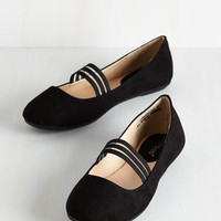 ModCloth Minimal The World is My PliC) Ground Flat in Black