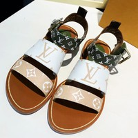 LV 2019 new women's fashion comfortable beach flat slippers