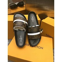 Louis Vuitton LV Summer Popular Women Beach Home Flats Slipper Sandals Shoes Coffee I-ALS-XZ