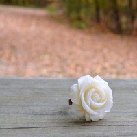 Vintage Look Rose Ring by cynicalredhead on Etsy