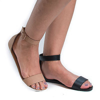 Joy33 Open Toe Buckled Ankle Cuff Casual Flat Sandals