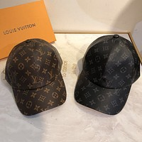 Louis Vuitton LV new presbyopic baseball cap sunscreen hat for men and women couples