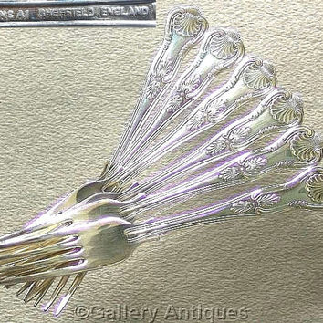 Six Vintage Silver Plated Kings Pattern Double Sided shell back cutlery Dinner / Table Forks Made in Sheffield, England c1980's (ref: 3083)