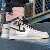 Air Jordan 1 OG AJ1 Fashion Women Men Casual Sport Basketball Shoes Sneakers Grey