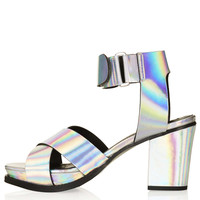 NOTION Cross Over Mid Sandals