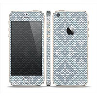 The Knitted Snowflake Fabric Pattern Skin Set for the Apple iPhone 5s
