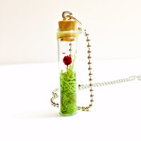 Flower Terrarium Necklace, Dried Flower Jewelry, Preserved Moss, Glass Vial Pendant, Ball Chain, Dried Red Flower, Glass Bottle Necklace