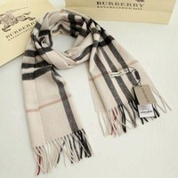 onetow One-nice? *BURBERRY 100% CASHMERE AUTHENTIC SCARF BEIGE WITH TAG**