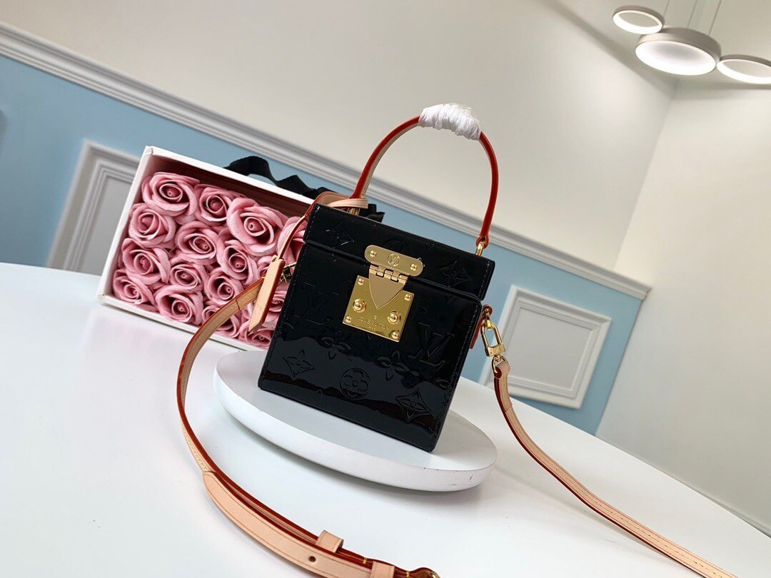 Image of lv louis vuitton womens leather shoulder bag satchel tote bags crossbody 105