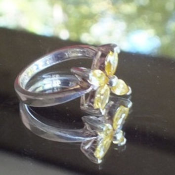 Silver Ring with 4 Yellow Stones, Size 6 3/4, Silver 925, Very Pretty Vintage Ring