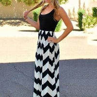 Geometric Pattern Sleeveless Maxi Dress