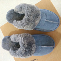 UGG Sells Fashionable And Casual Ladies Pure Velvet Slippers And Sandals