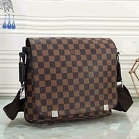 Louis Vuitton LV New Fashion Briefcase Classic Plaid LV Letter Print Pattern Fashionable Men's and Women's Shoulder Messenger Bags