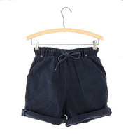 Vintage 80s faded black jean shorts. elastic waist shorts.