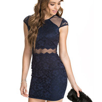 Round Neckline Short Sleeves Lace Dress with Sheer Mesh Cut-Out