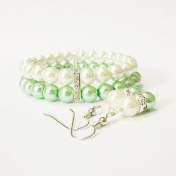 Mint Green Bracelet and Earring Set Green Wedding Mint Bridesmaid Jewelry Bridal Jewelry Bridal Shower Favors Mother of Bride Gift