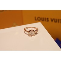 LV Louis Vuitton Woman Fashion Accessories Fine Jewelry Ring & Chain Necklace & Earrings Newest Popular Women Delicate 0423