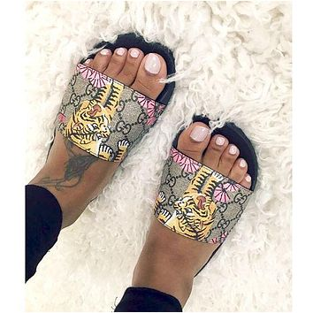 simpleclothesv : Gucci Casual Fashion Women Floral Print Sandal Slipper Shoes