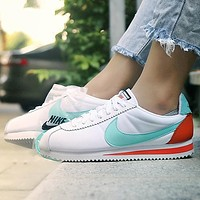 NIKE WMNS CLASSIC CORTEZ Fashionable Women Men Casual Sport Shoes Sneakers