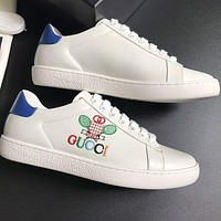 Gucci Small white shoes-2