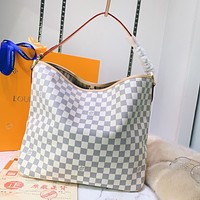 LV Louis Vuitton women's full-printed large-capacity shopping handbag shoulder bag White tartan