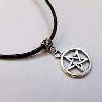 Pentagram Choker Necklace, grunge, goth, edgy, wiccan