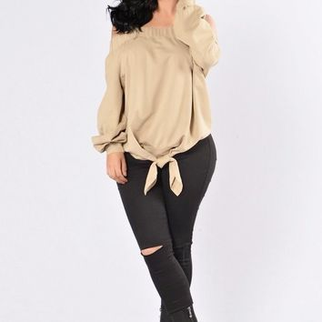 BIANCA OFF THE SHOULDER TIE ACCENT TOP - TAUPE