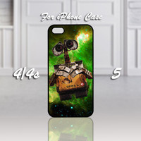 RC-17-Pixar Wall e Robot, Design For iPhone 4/4s Case or iPhone 5 Case - Black or White (Option)