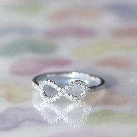 Perfect INFINITE / INFINITY ring in silver.