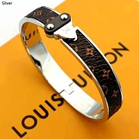 LV 2019 new female models wild classic old flower wild bracelet Silver