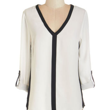 ModCloth Mid-length 3 Awe-Inspiring Assistant Top in Monochrome
