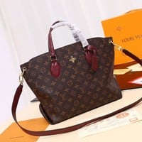 DCCK Lv Louis Vuitton Fashion Women Men Gb2966 The M44347 Monogram Comes In All Kinds Of Varieties Of Flower Zipped Tote Mm