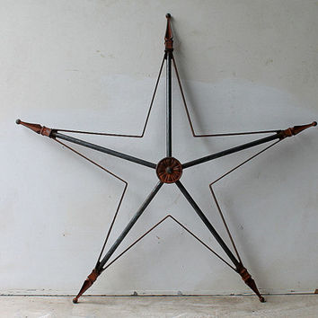 Large Vintage Architectural Rusty Metal Star, Indoor Outdoor Rustic Wall Display