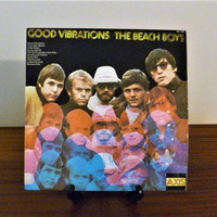 Vintage 1974 The Beach Boys : Good Vibrations Vinyl LP Record Album Released by Axis Records / Retro Surf Rock Album