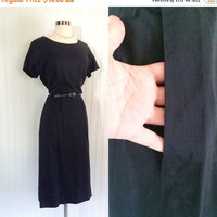25% OFF black 1950s vintage seersucker minimalist sheath midi dress // metal side zipper // pocket // size XXL 42 bust plus size