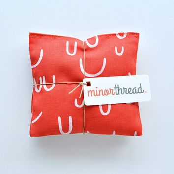 Organic Lavender Sachets in Arroyo AOU in Tomato Red Set of 2