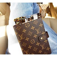 LV Louis Vuitton Hot Sale Fashionable Boys Girls Chic Notebook Portable Hand Book-1