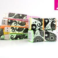 iPhone 4/4s Charger - 3-in-1 Paisley Glow in the Dark Flat Noodle iPhone Charger (Various Colors)