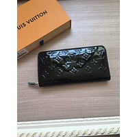 LV Louis Vuitton MONOGRAM LEATHER ZIPPER WALLET