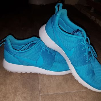 Nike Roshe Run - Blue - Size 9
