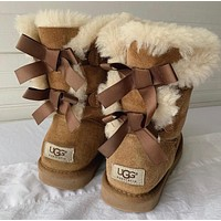 UGG fashion casual women's boots sell solid color bow and velvet snow boots